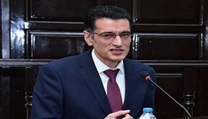 Deputat işə qarışdı:  professor klinikaya yerləşdirildi