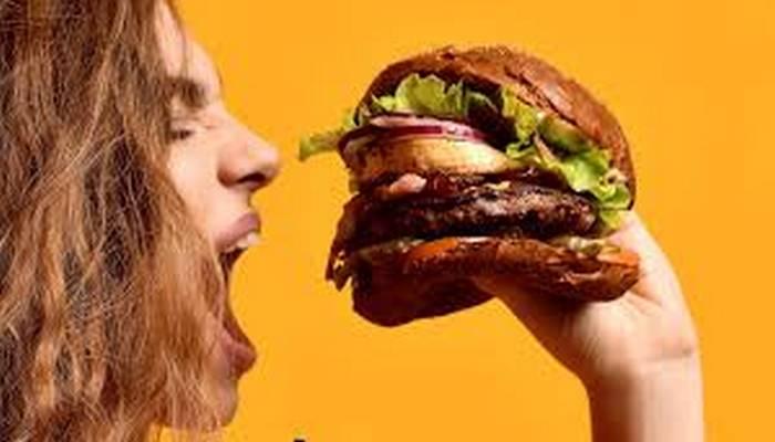 Dünyanın ən bahalı və ən böyük burgerləri
