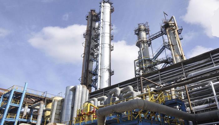На Бакинском НПЗ строятся 25 новых объектов