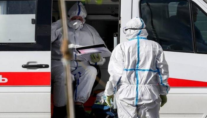 Московские медики отправились в Казахстан для помощи в борьбе с коронавирусом