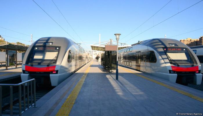 С завтрашнего дня приостанавливается движение электропоездов Баку-Сумгайыт-Баку