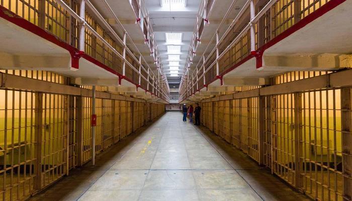 В Азербайджане около тысячи осужденных освобождены досрочно